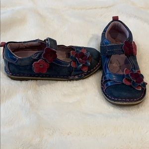 Stride rite girls shoes-size 10.5